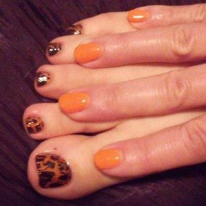 Fab Orange Bio on Fingers!