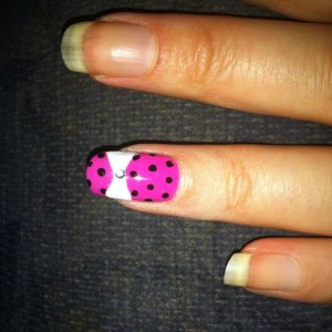 hee hee, I literally just do shellac so this is my attempt at the TOWIE bow :0)