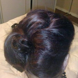 clare hair up