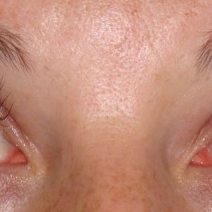 A glamour full lash extension