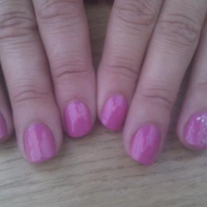 Shellac hot pop pink + konad