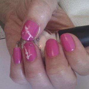 Shellac hot pop pink + konad + gems