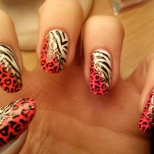 Animal prints, with chain nail sticker