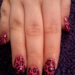 freehand pink cheetah glitter shellac