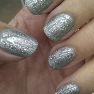 Gelish foundation, structure gel, OPI mermaids tears, OPI silver shatter + Gelish top coat.