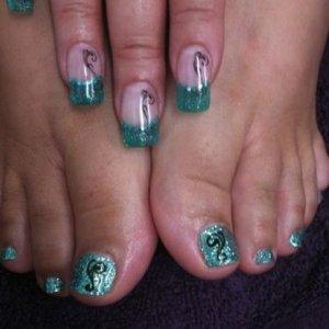 LCN glass gels & custom glitter rock star toes