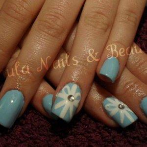 Tiffany Box inspired nails