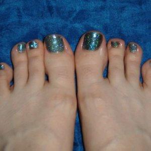 First rockstar toes, teal