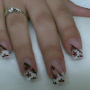black flowers on french nails