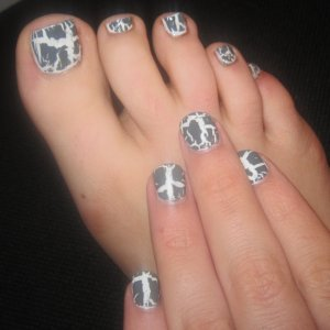 Matching crackle