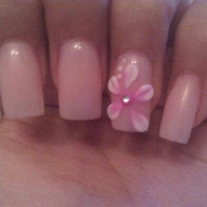 free hand 3d nail art and natural nails