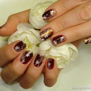 NatNailsDarkBordo&whiteflowers