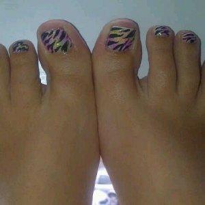 neon glitter zebra toes 1 *Robin Moses Inspired Design*