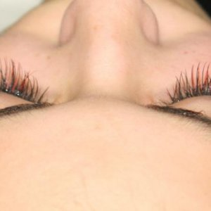 lashes from top