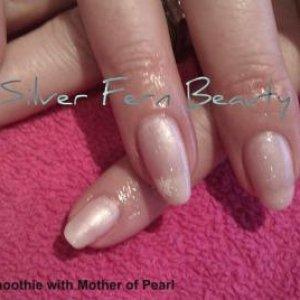 Shellac pale pink & glitter