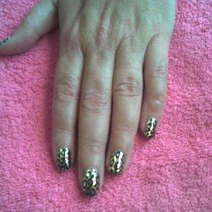 Gold Lightning Cheetah