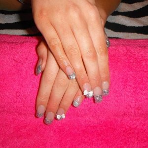 Glitter Tips With 3D Bow