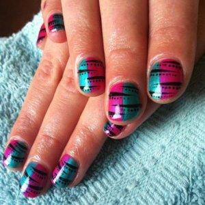 free hand nail art with shellac
