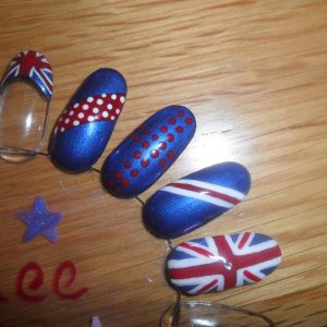 jubilee nails in shellac