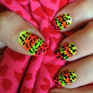 Neon Leopard Nails :o)