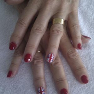 Jubilee Nails for my mum. Wildfire Shellac, union jack minx & diamond! (well swarovski crystals actually!!)