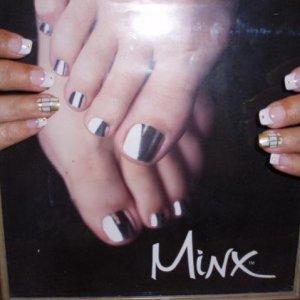 Ring finger take on Minx