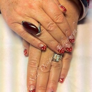 CND Shellac Betty Boop over Brisa overlays