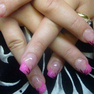 tracy nails 7 aug 2008 No. 1