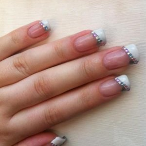 Gel infills and colour change, just plain old polish and rhinestones