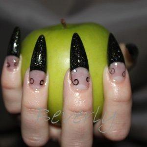 Nic's nails July 5, 2011