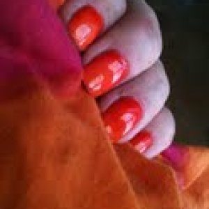 gigi Shellac Tropix with red and yellow additives