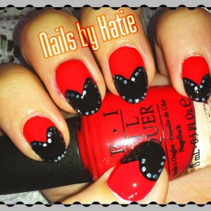 Heart Mani Colours Used: OPI Red Lights Ahead... Where? & Lady in Black