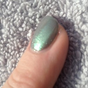 Green Gold Sparkle Additive over CND Shellac in Rubble.