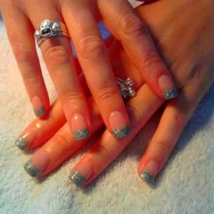 NSI HOLOGRAPHIC SILVER ACRYLIC EXTENSIONS
