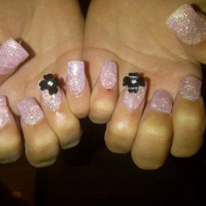 beths baby pink glitter acrylics