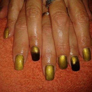 gold pigments