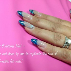 Feel very honored that the tutor Jeni (aka busybee32) let me to do one nail on her.