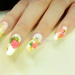 pretty flower nails, my natural nails