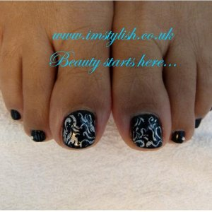 Gelish pedicure with nail art