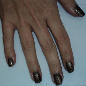 snakeskin effect nails