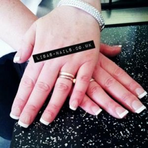 french tips acrylics