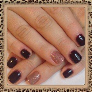 Gelish : Bellas Vampire & ring fingers Simply Mauv-Elous Dahling &  Twinkle