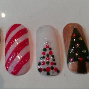 Christmas Nails 3 - Shellac