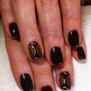 Fedora and CND Antique Gold Glitter Additive/Engraved design on accent nails.