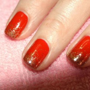 """Bombshell Shellac in 'Wildfire"""" with the new """"Antique Gold"""" twinkle additive fade."""