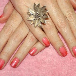 """Pigment Fade Shellac in """"Gotcha"""" with """"Flamingo Pink"""" mica."""