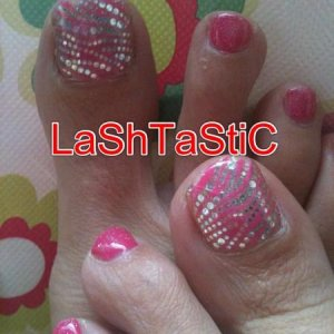 Gel overlay & Trendy nail wraps to big toes