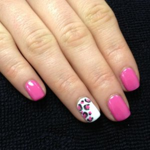 shellac hot pop pink and cream puff accent finger
