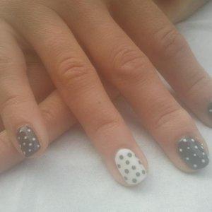 dots shellac
