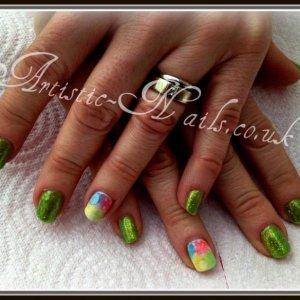 Shellac in Limeade and Sea grass glitter additves